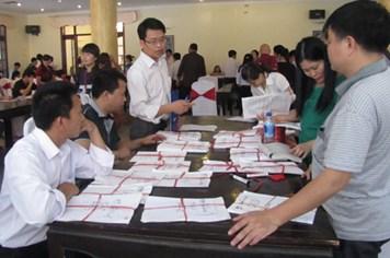 Bàn giao hồ sơ dự thi ĐH -CĐ năm 2014 khu vực phía Nam: Lượng hồ sơ giảm mạnh