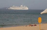 Tàu Voyager of the Seas đưa hơn 3.000 du khách quốc tế thăm quan TP Nha Trang