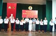 """LĐLĐ TP Đà Nẵng: Trao 13 suất học bổng """"Tấm lòng vàng -  Đại Nam"""""""