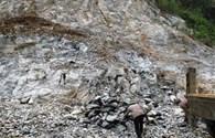 Một công nhân bị tảng đá nặng gần 6 tấn đè chết tại chỗ
