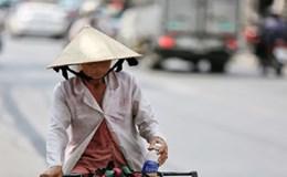 Thương lắm lao động nghèo mưu sinh dưới nắng nóng Sài Gòn