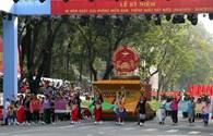 Hùng tráng lễ diễu binh, diễu hành kỷ niệm 40 năm Ngày Giải phóng miền Nam, thống nhất đất nước