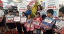 Fahasa khai trương nhà sách, trao quà cho học sinh nghèo vượt khó