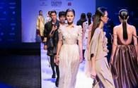 Bùng nổ Tuần lễ thời trang quốc tế Xuân hè tại Việt Nam với nhiều mẫu thiết kế tuyệt đẹp