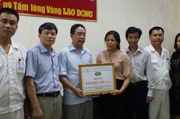 Ủng hộ 310.845.350 đồng xây dựng Khu tưởng niệm nghĩa sĩ Hoàng Sa