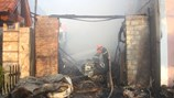 Hải Phòng: Xưởng gia công gỗ bị thiêu rụi vì đám cháy dữ dội