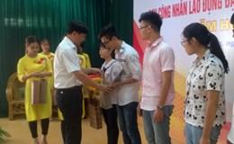 Công đoàn Khu kinh tế Hải Phòng: Biểu dương 90 học sinh là con CNLĐ đạt giải cao trong học tập