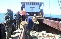 Tàu Trung Quốc trở lại điểm xung đột với Philippines