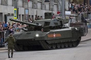 Duyệt binh tại Nga phô trương hơn 10 loại kỹ thuật đổ bộ