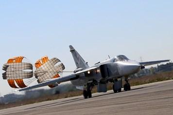 Xác nhận máy bay rơi vì bom, ông Putin lệnh tăng cường không kích Syria
