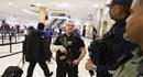 Sân bay Mỹ náo loạn vì gói đồ 'khả nghi' của gia đình người Việt