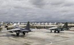 Bất chấp rút quân, Nga đưa vũ khí đến Syria nhiều hơn mang về