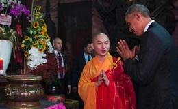 Tổng thống Obama được gợi ý cách có con trai