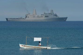 Đô đốc Mỹ: Trung Quốc đang đùa với lửa ở Scarborough