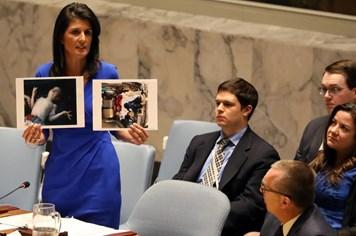 """Nga-phương Tây """"đọ sức"""" về vụ tấn công hóa học tại Syria"""