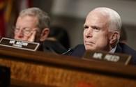 McCain so sánh Trump với Reagan sau vụ tấn công Syria