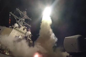Sợ Mỹ tấn công tiếp, Syria dồn hết chiến cơ về căn cứ Nga