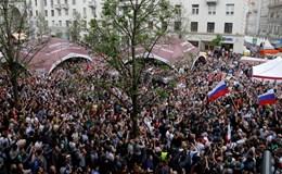 Nga bắt thủ lĩnh đối lập ngay trước biểu tình bất hợp pháp