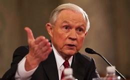Đến lượt Bộ trưởng Tư pháp Mỹ thuê luật sư vụ điều tra Nga