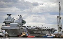 Tàu sân bay đắt tiền của Anh dễ bị tên lửa giá rẻ Nga tiêu diệt