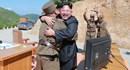 Ông Kim Jong-un thưởng gì cho chuyên gia chế tạo ICBM?