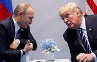 Ông Donald Trump ký luật trừng phạt, Nga phản pháo kịch liệt