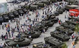 """Nga """"khoe"""" robot Hải quân tại Diễn đàn quân sự 2017"""