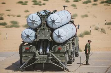 Hệ thống tên lửa S-300 chính thức triển khai trực chiến ở Iran