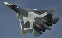 Siêu chiến đấu cơ T-50 bay thử nghiệm hoành tráng tại triển lãm hàng không