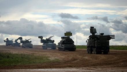 """Nga """"khoe"""" dàn 600 thiết bị, vũ khí trong triển lãm quân sự Army 2017"""