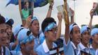 Người hâm mộ đội mưa chào đón CLB Man City đến Việt Nam