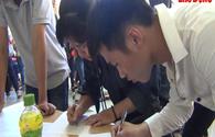 Video: Thí sinh và phụ huynh lo sốt vó trước ngày hết hạn đăng ký xét tuyển nguyện vọng 1