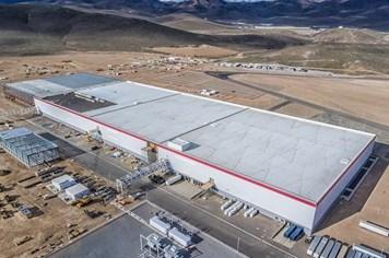 Công nghệ 360: Chỉ cần 100 nhà máy Gigafactory là đủ cung cấp điện cho cả thế giới?