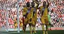 Liverpool thua ngược Crystal Palace 2 - 1 vì người cũ Benteke