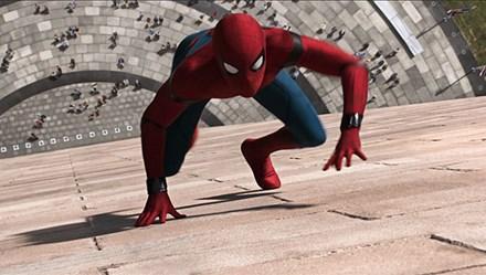 Trải nghiệm công nghệ tân tiến trong bộ giáp mới của người Nhện trong Spider-Man: Homecoming