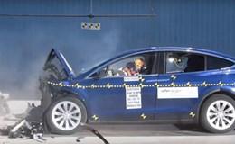 Công nghệ 360: Tesla Model X đạt 5 sao trong bài kiểm tra độ an toàn
