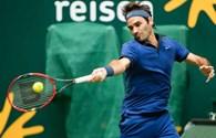 Roger Federer vất vả giành vé đi tiếp trước Mischa Zverev ở vòng 2 Halle Open