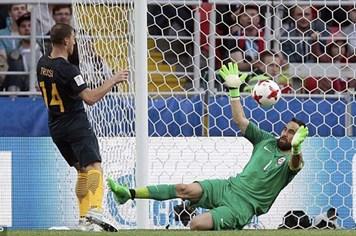 Hòa Australia 1 - 1, Chile mất ngôi đầu bảng B Confederations Cup vào tay Đức