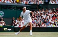 """Federer dễ dàng tiến vào bán kết sau khi """"hủy diệt"""" Milos Raonic 3 - 0"""