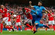 Walcott lập cú đúp, Arsenal thắng tưng bừng Benfica 5-2