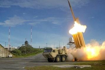 Video: Mỹ thử nghiệm thành công THAAD sau khi Triều Tiên phóng ICBM lần hai