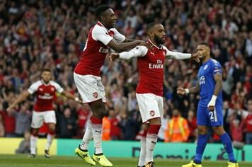 Arsenal lội ngược dòng không tưởng trong ngày khai màn Ngoại hạng Anh
