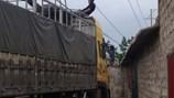 Nam thanh niên bị điện giật, thi thể treo nhiều giờ trên đường dây điện
