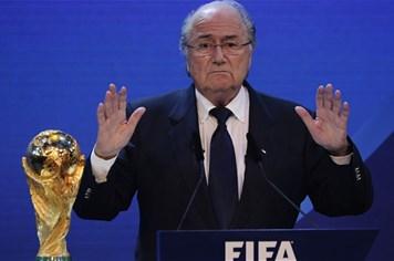 Những ý tưởng chẳng giống ai của cựu chủ tịch FIFA Sepp Blatter