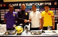"""Malaysia gợi lại """"nỗi đau AFF Cup 2014"""", Hữu Thắng và Công Vinh đáp lời"""