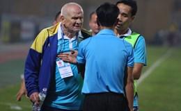 """Petrovic đòi """"tẩn"""" trọng tài, Hà Nội ngược dòng kịch tính 2-1 FLC Thanh Hoá"""