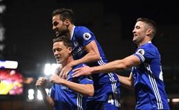 Chelsea chạm tay vào chức vô địch, Middlesbrough xuống hạng