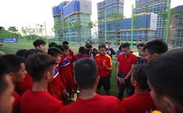HLV Hoàng Anh Tuấn nói gì với cầu thủ U20 Việt Nam ở buổi tập cuối cùng?
