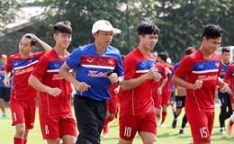 HLV Hữu Thắng phải chia tay 3 cầu thủ trước khi đi Hàn Quốc