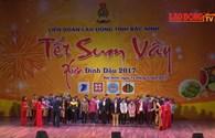 Tết Sum Vầy tại Bắc Ninh: 5000 vé xe tặng cho công nhân về quê ăn tết